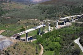 "<div style=""text-align:center; color:white;""><div style=""font-size:17px; "">Quintanilha International Bridge</div><br>Client: EP<br>Year: 2005 – 2007</div>"