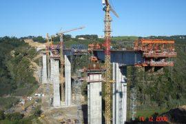 "<div style=""text-align:center; color:white;""><div style=""font-size:17px; "">Bridge over Ribeira da Vidigueira</div><br>Client: Mafratlântico<br>Year: 2005 – 2007</div>"