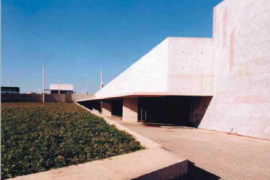 """<div style=""""text-align:center; color:white;""""><div style=""""font-size:17px; """">Parking Souterrain Gonçalves Zarco</div><br>Client: Porto 2001<br>Année: 2001 – 2001</div>"""