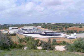 """<div style=""""text-align:center; color:white;""""><div style=""""font-size:17px; """">Interception et traitement des eaux usées (Albufeira)</div><br>Client: Águas do Algarve, SA<br>Année: 2009 – 2009</div>"""