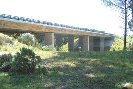 """<div style=""""text-align:center; color:white;""""><div style=""""font-size:17px; """">Viaduct de Brugão</div><br>Client: Brisa<br>Année: 1996 – 1998</div>"""