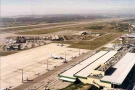 """<div style=""""text-align:center; color:white;""""><div style=""""font-size:17px; """">Ampliação do Aeroporto de Sá Carneiro (Porto)*</div><br>Cliente: ANA<br>Ano: 1986 – 1989</div>"""