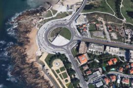 "<div style=""text-align:center; color:white;""><div style=""font-size:17px; "">Waterfront promenade to Oporto City Park</div><br>Client: Porto 2001<br>Year: 2000 – 2002</div>"