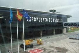 """<div style=""""text-align:center; color:white;""""><div style=""""font-size:17px; """">Astúrias Airport (Spain)</div><br>Client: Dir. Gen. Infr. Ministério AR<br>Year: 1965 – 1966</div>"""