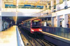 "<div style=""text-align:center; color:white;""><div style=""font-size:17px; "">Disconnection Rotunda and Rotunda II / Rato (Lisbon Metro Line)</div><br>Cliente: Metropolitano de Lisboa<br>Ano: 1992 – 1997</div>"