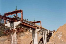 "<div style=""text-align:center; color:white;""><div style=""font-size:17px; "">Bridge over Ribeira de Frades</div><br>Client: JAE – Junta Autónoma de Estradas <br>Year: 1992 – 1993</div>"