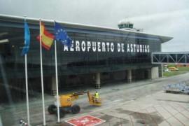 """<div style=""""text-align:center; color:white;""""><div style=""""font-size:17px; """">Aeroporto da Astúrias (Espanha)</div><br>Cliente: Dir. Gen. Infr. Ministério AR<br>Ano: 1965 – 1966</div>"""