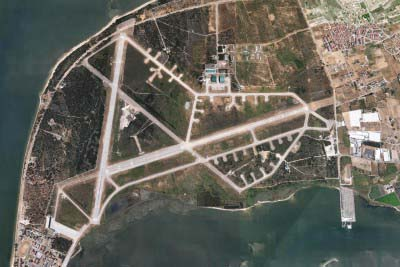 """<div style=""""text-align:center; color:white;""""><div style=""""font-size:17px; """">Base Aeronaval do Montijo</div><br>Cliente: Montijo Airbase<br>Ano: 1984 – 1985</div>"""