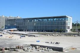 """<div style=""""text-align:center; color:white;""""><div style=""""font-size:17px;"""">Edifício Transparente – Parque da Cidade (*)</div><br>Cliente: <br>Ano: 2000 – 2002</div>"""