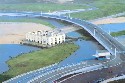 """<div style=""""text-align:center; color:white;""""><div style=""""font-size:17px; """">Viaduto da Avenida Marginal do Parque da Cidade</div><br> Cliente: Porto 2001 SA<br>Ano: 2001 – 2002</div>"""